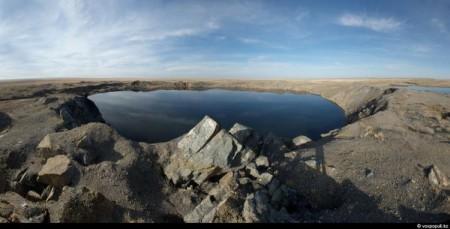 ...чудо-озеро произвело жуткое впечатление... Озеро Атом-коль- Чаганское озеро...