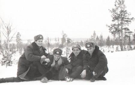 И пошла служба...   Бабушкин, Георгиев, Смирнов, Елисеев. 1959 год