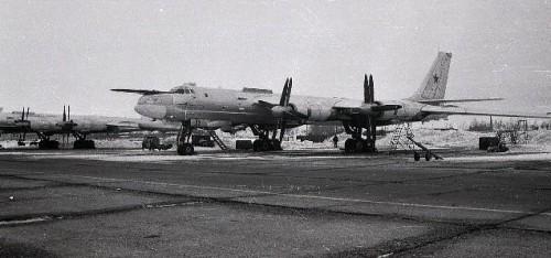 Аэродром Чаган. Самолет Ту-95МС Фото Жульянова