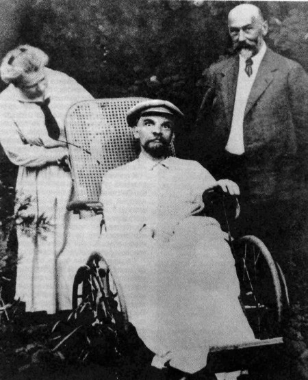 Ленин в Горках. 1923 с www.istorya.ru
